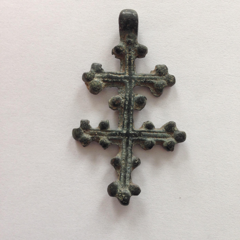 Нательный крест прибалтийского происхождения. XIV век