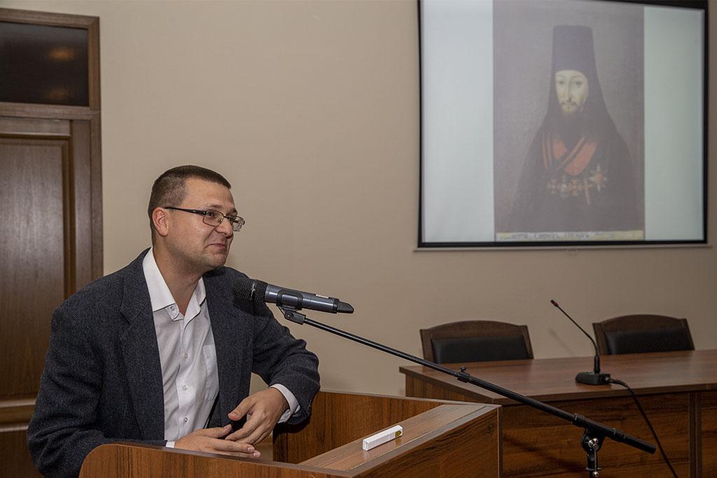 Евгений Белохвостиков