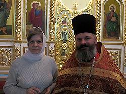 Протоиерей Валерий Генсицкий с матушкой Галиной. Фото Ирины СОЛОВЬЕВОЙ и Анны ЗАХАРЧЕНКО